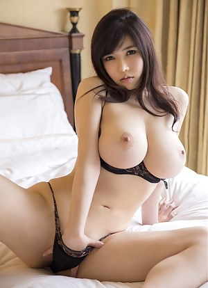 Busty Teen Porn Pictures